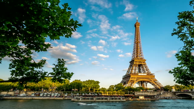 HD time-lapse : Eiffel Tower Paris River seine video