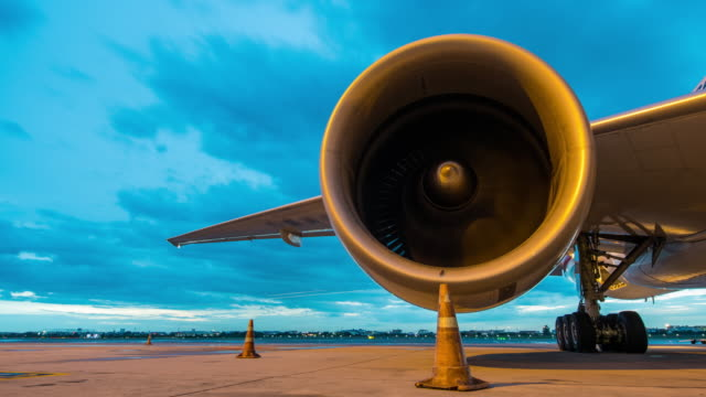 Time-lapse : Engine aircraft video