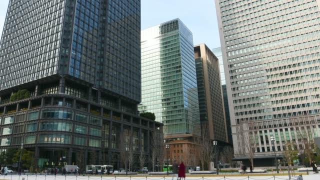 stockvideo's en b-roll-footage met time-lapse: financial district bij tokyo station - financieel district