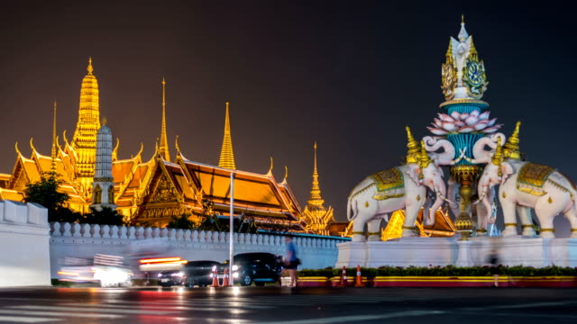 HD Timelapse : Grand palace nightscape in Bangkok Thailand video