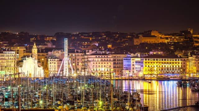 stockvideo's en b-roll-footage met time-lapse: marseille stad met oude vieux port night - marseille