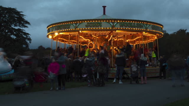 Timelapse Merry-Go-Round at Leeds Castle Christmas Market