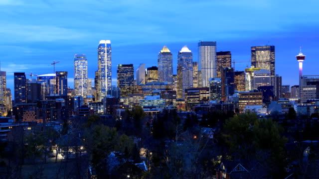 Timelapse nacht naar dag centrum van de stad van Calgary, Alberta video