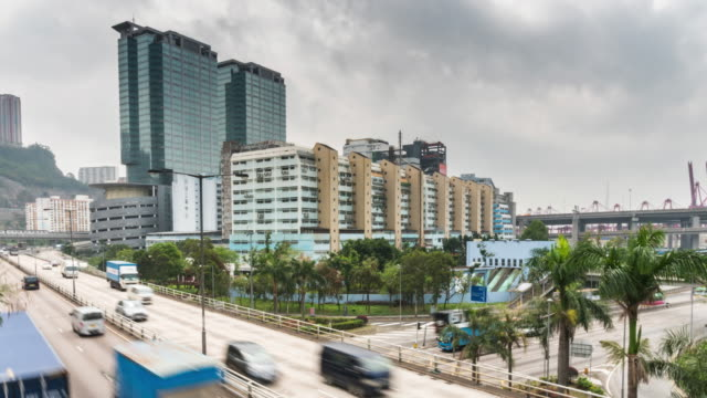 Time-Lapse of commercial building at Hong Kong port of authority with blue cloud sky - vídeo