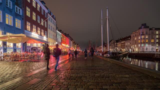 time-lapse av köpenhamn nyhavn nya port av danmark - dansk kultur bildbanksvideor och videomaterial från bakom kulisserna