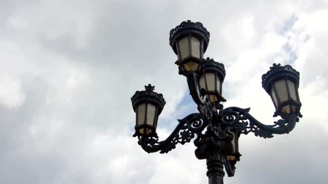 Time-lapse of Lampost video