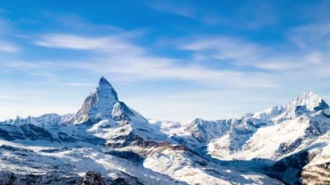 time lapse del cervino, svizzera, di zermatt - mountain video stock e b–roll