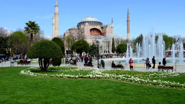 Timelapse mit beweglichen Personen im Sultan-Ahmet-Moschee – Video