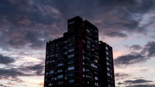 kırmızı bulutlar hareketli timelapse - sırbistan stok videoları ve detay görüntü çekimi