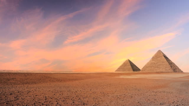 timelapse of pyramid - archeologia video stock e b–roll