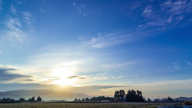 time-lapse of sunrise and blue sky,clouds,in japan 4k resolution footage - quality video stock e b–roll