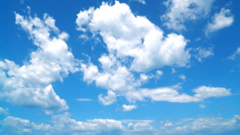 vídeos y material grabado en eventos de stock de timelapse del cielo despejado - nube