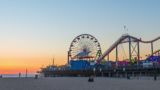 Time-lapse of the Santa Monica Pier at sunset video