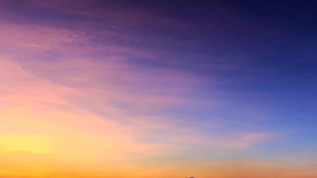 vídeos de stock, filmes e b-roll de timelapse do céu - só céu
