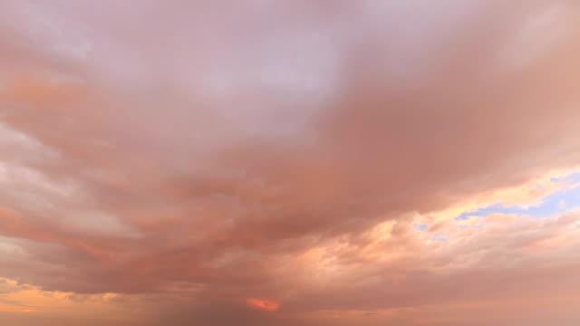 空のタイムラプス - 巻雲点の映像素材/bロール