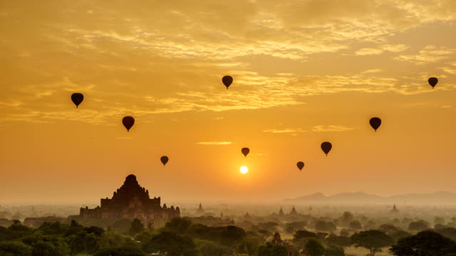 Timelapse of the temples of Bagan at sunrise, Mandalay, Myanmar Timelapse of the temples of Bagan at sunrise, Mandalay, Myanmar bagan stock videos & royalty-free footage