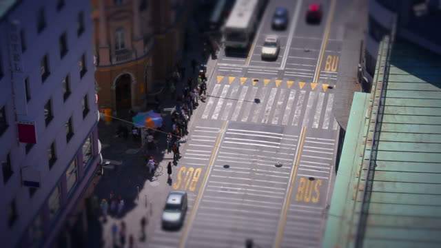 stockvideo's en b-roll-footage met hd: timelapse of urban traffic - minder dan 10 seconden