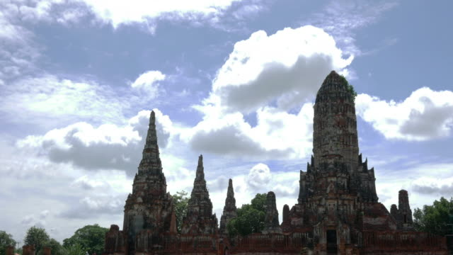 Time-lapse old temple, Ayutthaya, Thailand video