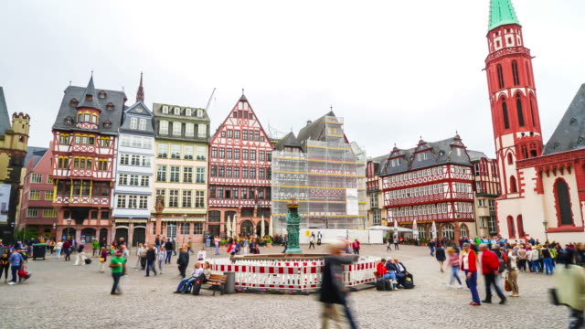 timelapse old town square romerberg in Frankfurt