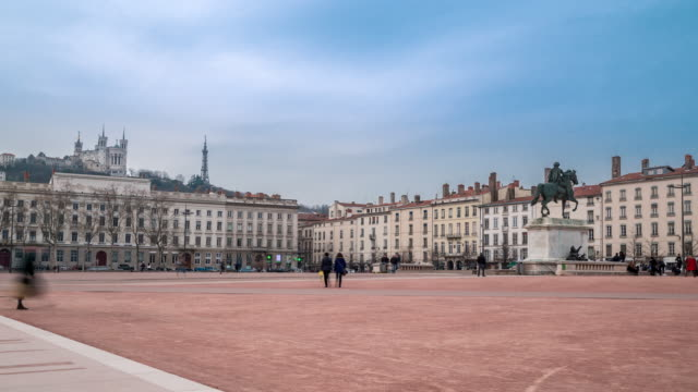 4K Time-lapse: Pedestrian crowded at Lyon Place Bellecour France