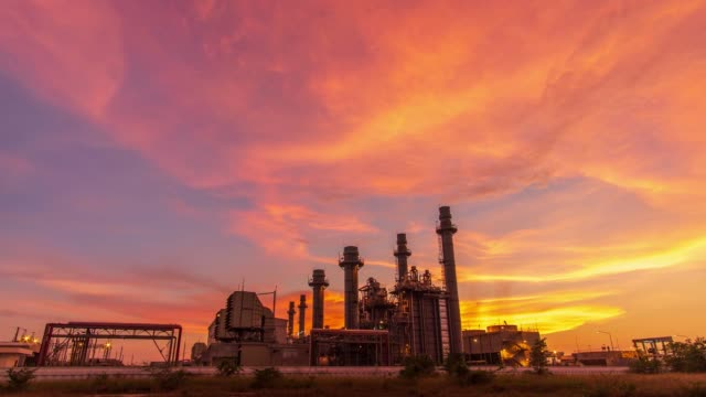 Time-lapse: Petrochemical Industrial. Oil refinery and Oil industry at twilight. 4K Resolution Time-lapse: Petrochemical Industrial. Oil refinery and Oil industry at twilight. 4K Resolution oil and gas stock videos & royalty-free footage