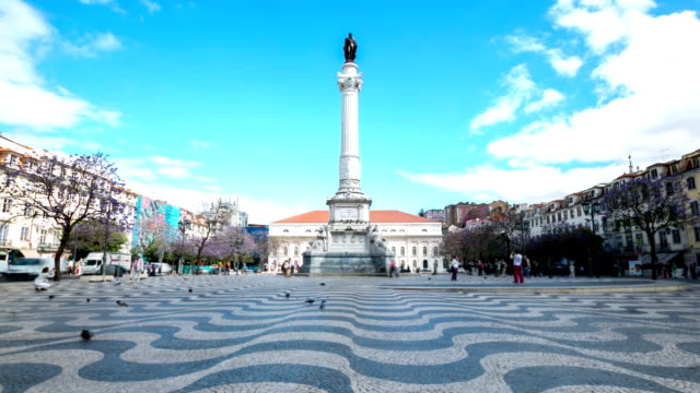 "vídeos de stock e filmes b-roll de hd ""time-lapse"": praça do rossio lisboa portugal - people lisbon"