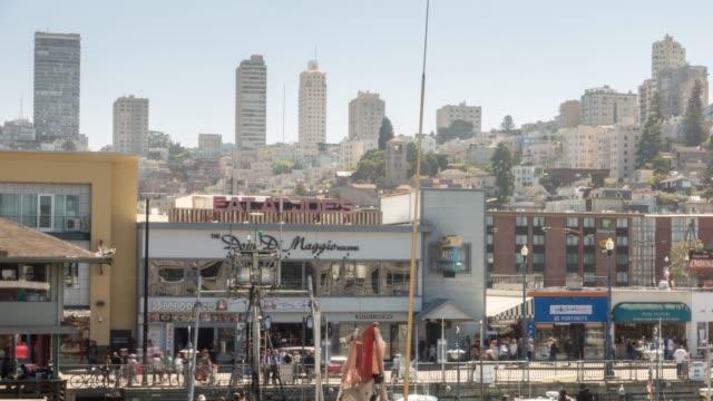 vídeos y material grabado en eventos de stock de time-lapse san francisco centro de distrito norte de muelle, california, usa - oakland