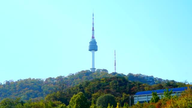 vídeos y material grabado en eventos de stock de timelapse: torre de seúl en corea - n seoul tower