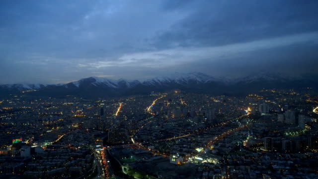 夜間的延時德黑蘭市 - 德黑蘭 個影片檔及 b 捲影像