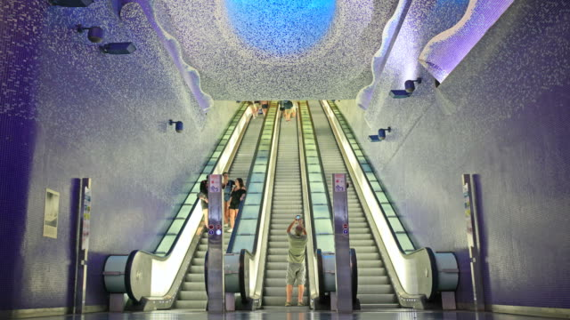 Time-lapse Toledo station Naples, Italy video