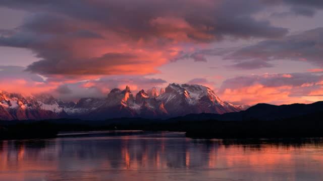 Timelapse Torres del Paine, Patagonia