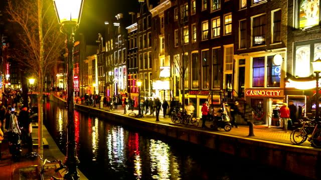 HD-Zeitraffer: Tourist crowed Amsterdams Rotlichtviertel Nacht, Niederlande – Video
