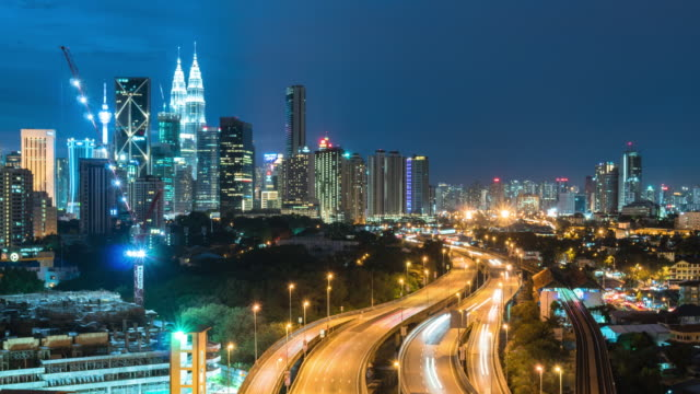 time-lapse traffic malaysia city - malese video stock e b–roll