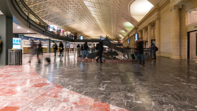 Time-lapse: Traveller Pedestrian crowded at  Washington DC union station train station USA