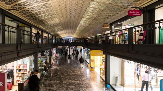 Time-lapse: Traveller Pedestrian crowded at  Washington DC union station train station USA