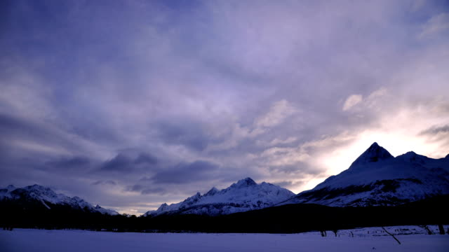 timelapse ushuaia valley 6 - vídeo