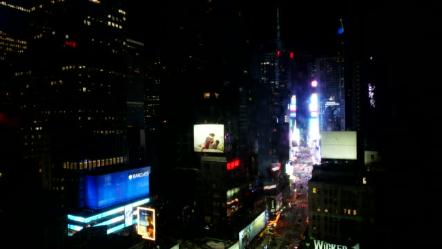 timelapse video von times square in manhattan - 2015 stock-videos und b-roll-filmmaterial