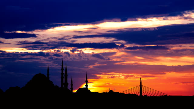 Timelapse view of Istanbul cityscape with famous Suleymaniye mosque at sunset video