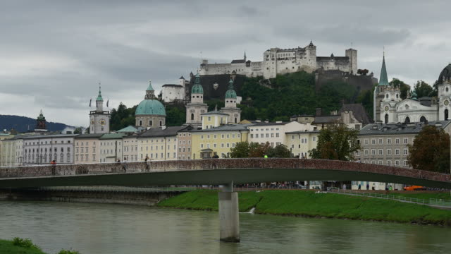 timelapse utsikt över salzburg city i österrike - videor med salzburg bildbanksvideor och videomaterial från bakom kulisserna