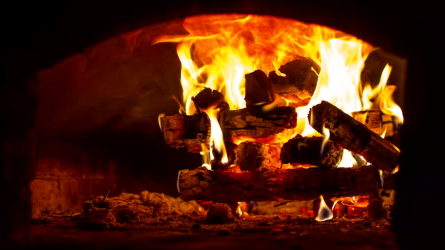 TimeLapse - Wood fire oven video