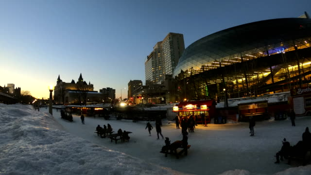Video Time-lapse:Rideau Canal during Winterlude in Ottawa, Canada
