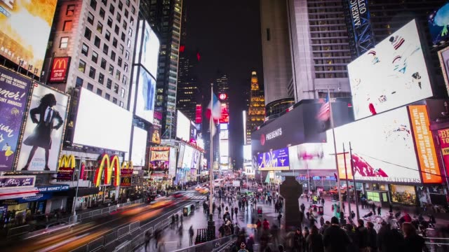 time's square timelapse - esposizione lunga video stock e b–roll