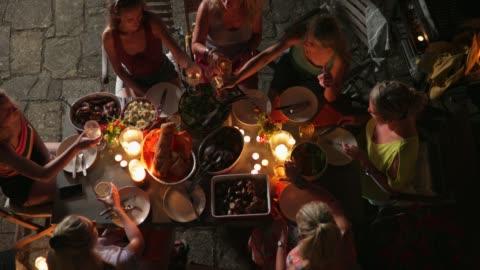 vidéos et rushes de toast à l'italie! - manger