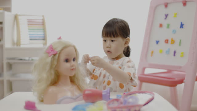 toddler girl pretend play hair styling for homeschooling video