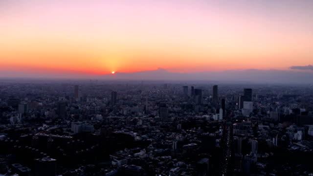 日・夜間の日没時東京 ビデオ