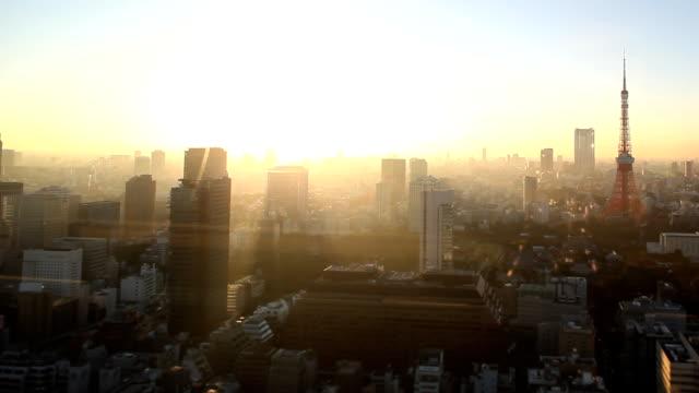 東京のスカイラインの夕日 - 夜明け点の映像素材/bロール