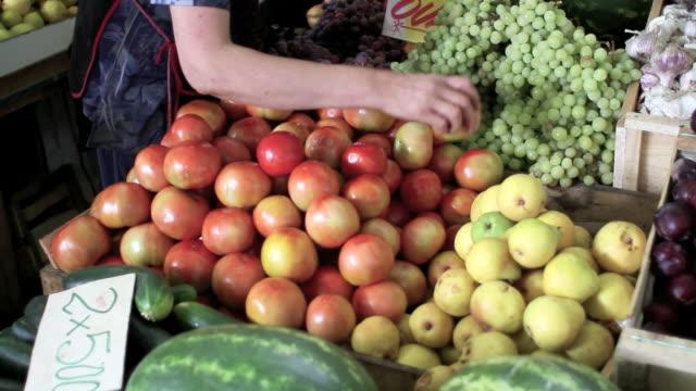 tomatoes seller video