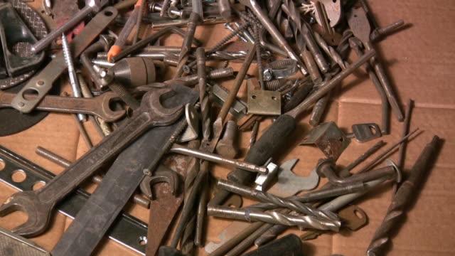 narzędzia. - klucz ręczne narzędzie filmów i materiałów b-roll