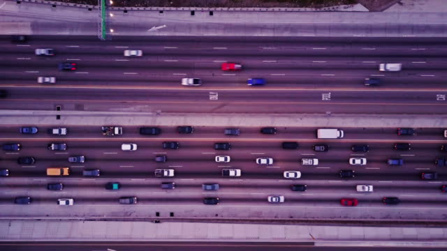 Top Down Shot of Freeway Traffic видео