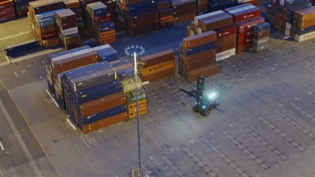 Top Handler Driving Through Container Yard - Drone Shot - vídeo